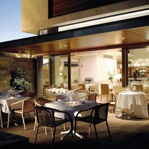 terraza-cafeteria-hotel-jaizkibel