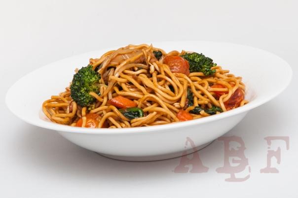 Chow mein vegetal  (2 pax)